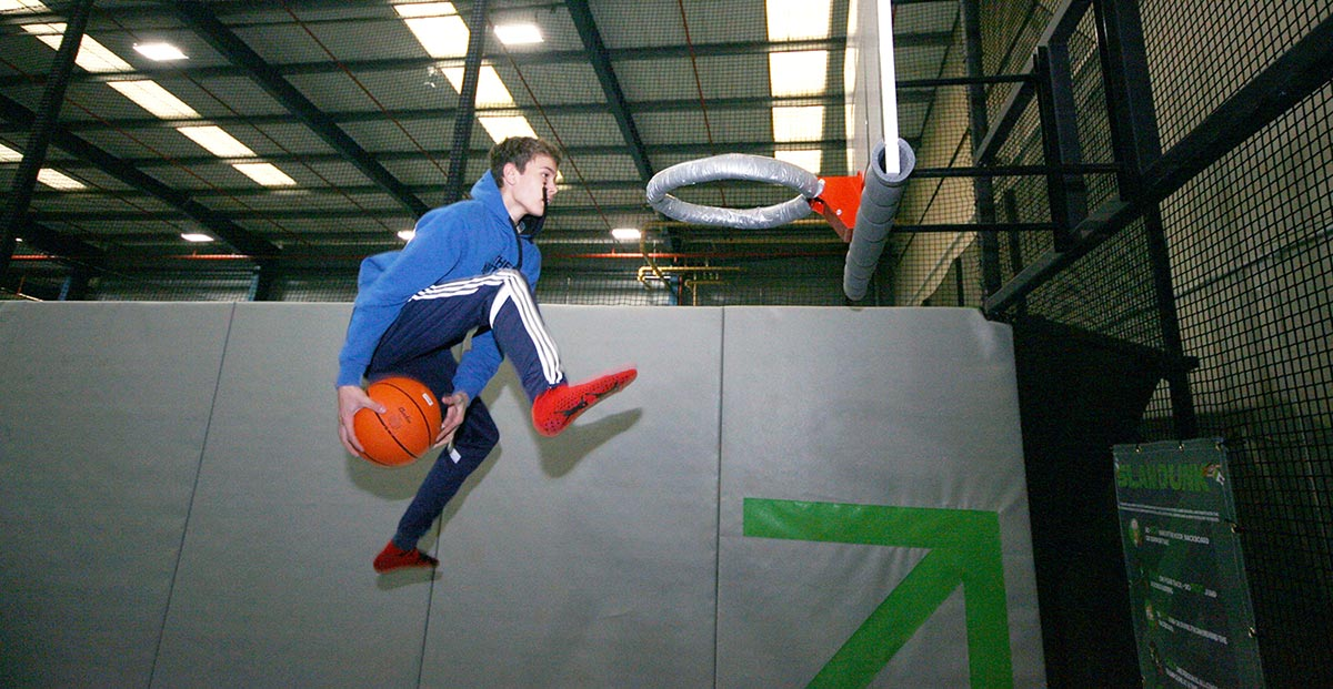 Ascent Trampoline Park - Slam Dunk