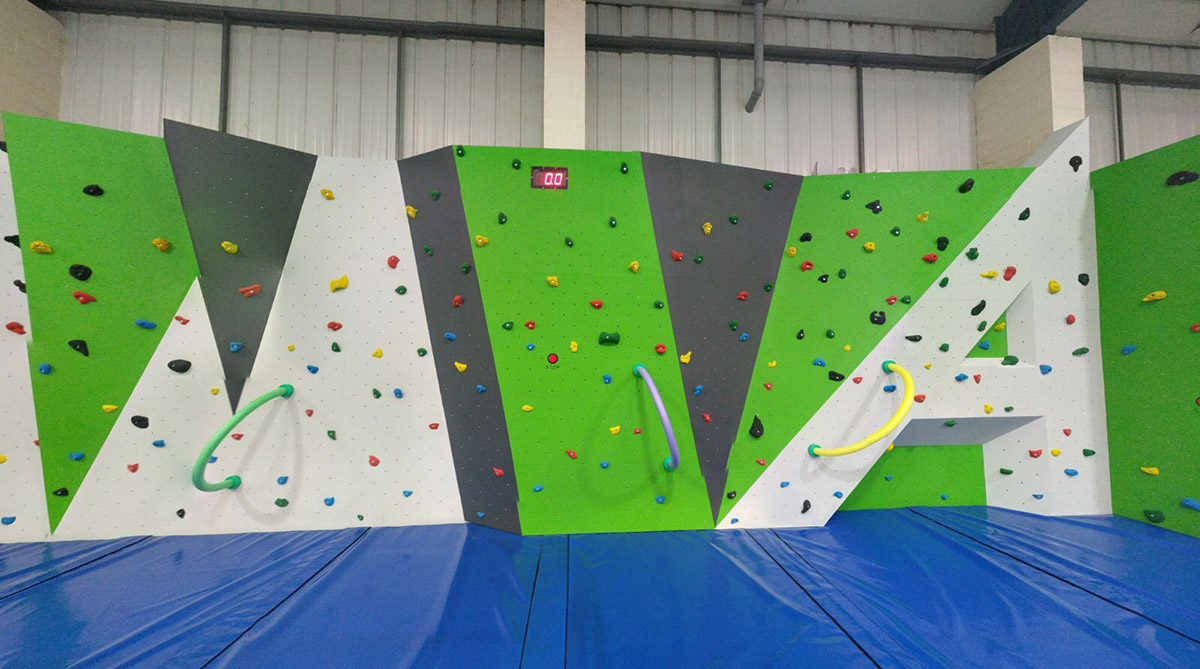ascent-trampoline-climbing-wall
